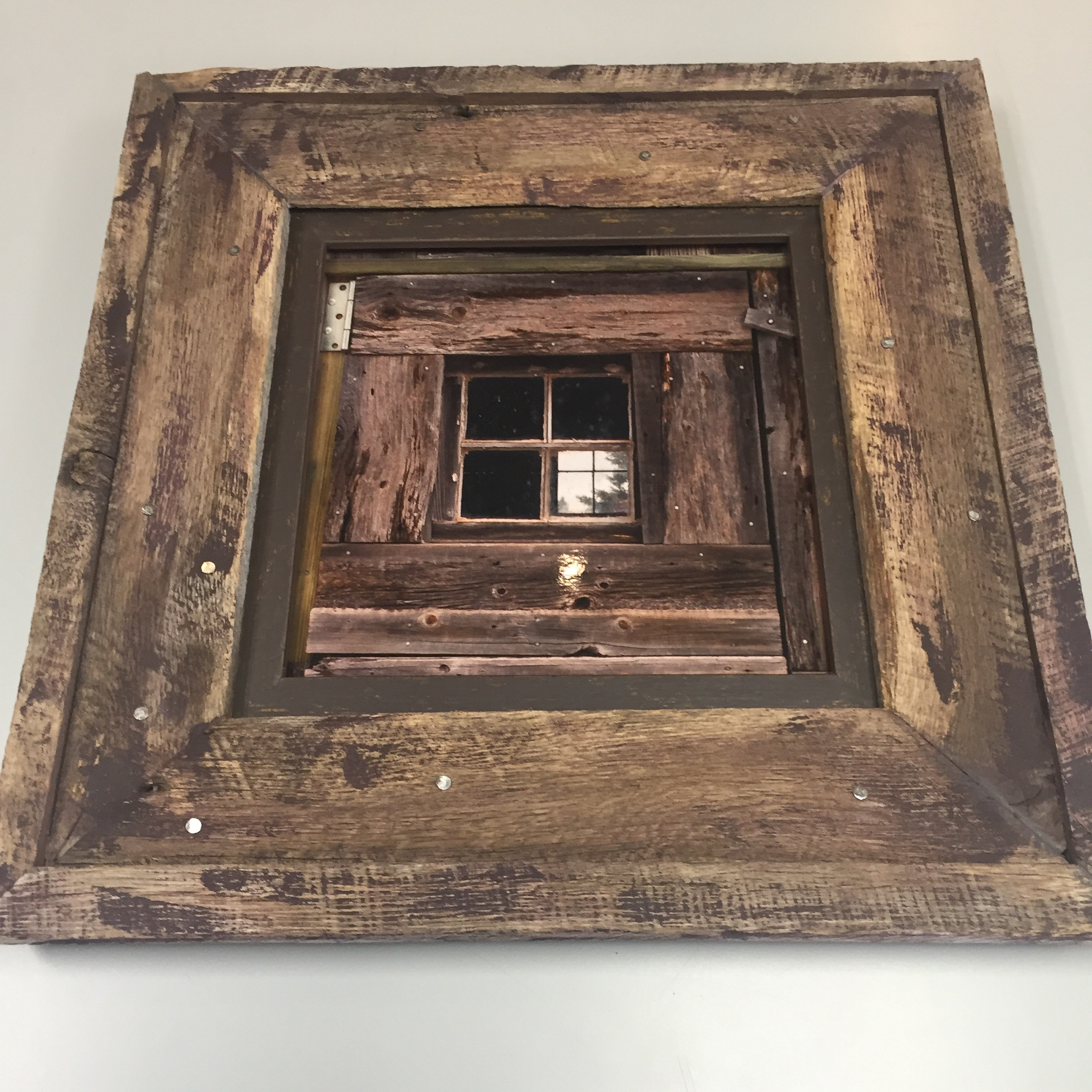 reclaimed-barn-wood-frame